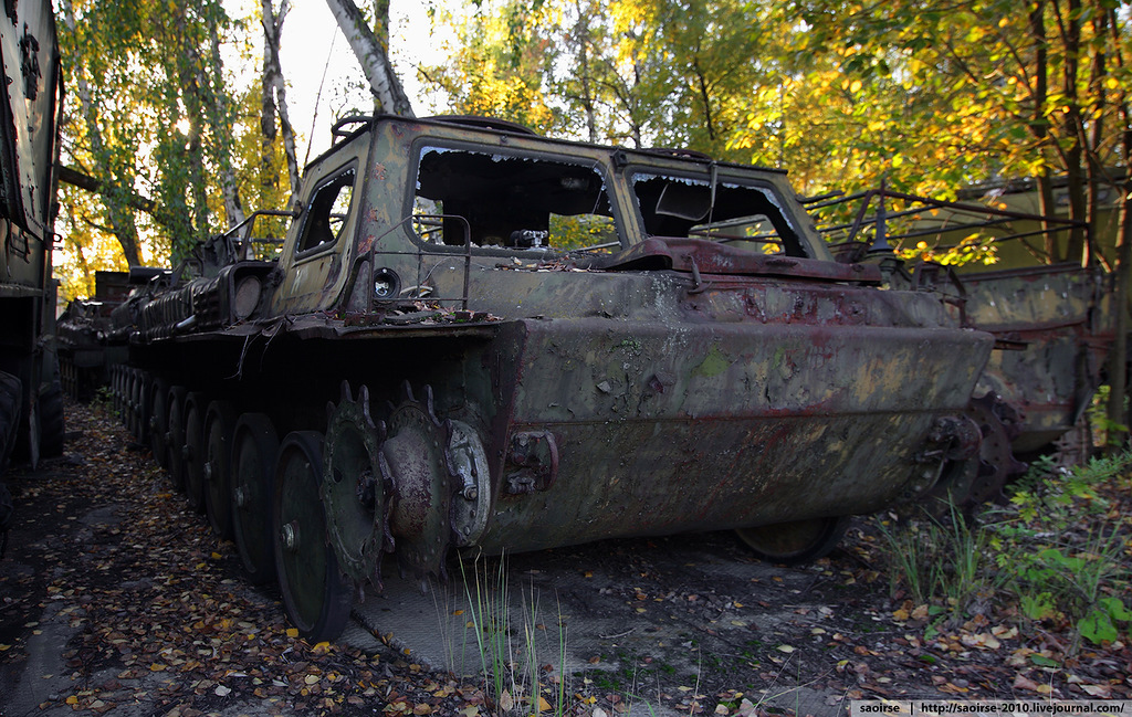 abandoned-base-soviet-military-equipment-27.jpg