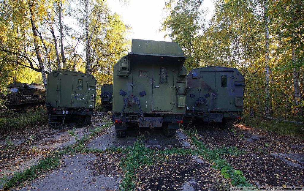 abandoned-base-soviet-military-equipment-30.jpg