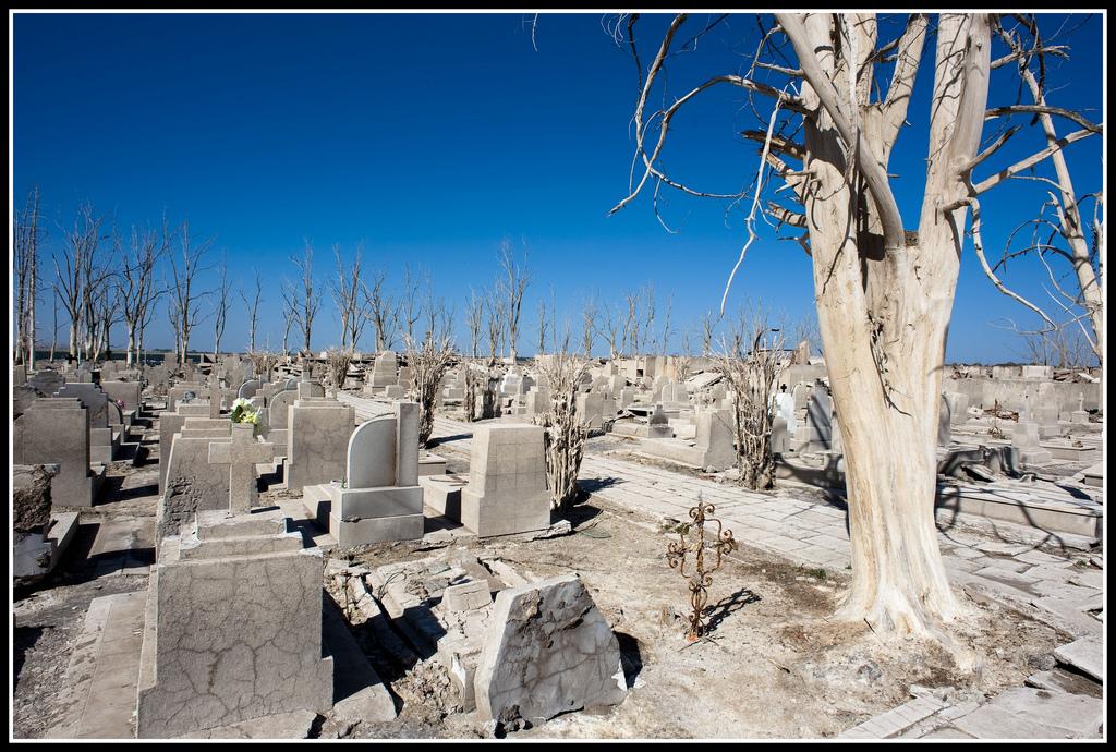 cementerio-villa-epecuen-31.jpg
