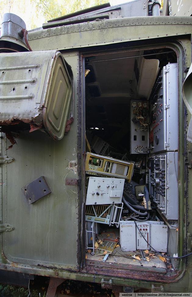 soviet_ussr_russian_modern_warfare_abandoned_equipment22.jpg