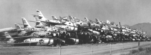 stacks_of_republic_f-84f_and_f-84g_thunderstreaks_at_davis-monthan_afb_awaiting_scrapping_in_november_1958.jpg