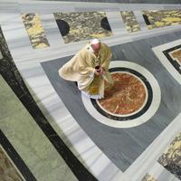 Vatikán a színfalak mögött