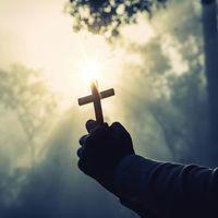 Szereti-e Istent, aki pusztít?