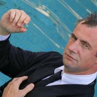 Pindroch Csaba: Istent szolgálom a színpadon