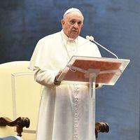 Ferenc pápa: A járvány választás elé állította az emberiséget