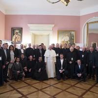 A meglepetések, felbukkanások, rögtönzések pápája
