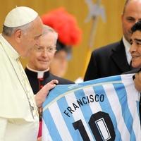 Találkozás a pápával, vagy BL-döntő?