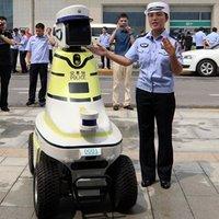 Robotzsaruk álltak szolgálatba egy kínai városban
