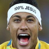 Neymar: hála Istennek!