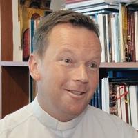 Fábry Kornél: hiszek a suszterekben, legyen az egyház barátságközpontú