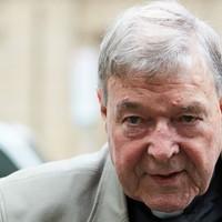 Hat év börtönre ítélték Pell bíborost