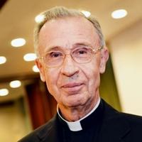 Luis Ladaria: Soha nem lehet nőket pappá szentelni
