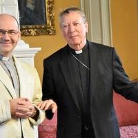 Két váci püspök egy asztalnál