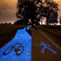 """Éjjel világító, """"napfény-töltéses"""" bicikliút – a lengyelek számára már nem álom"""