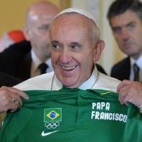 Ferenc pápa is követi a foci VB-t