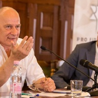 Bogárdi Szabó István: Akkor inkább ne épüljön fel a templom