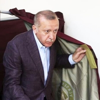 Nagy pofont kapott Erdogan Isztambul lakóitól