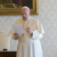 Ferenc pápa péntekre is közös imára hívta a keresztényeket