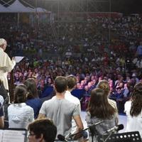 Ferenc pápa: A remény legyőzi a szenvedést