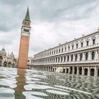 Ismét elöntötte a tenger Velencét