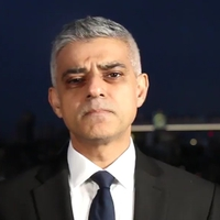 A muszlim polgármester nem enged a terrornak