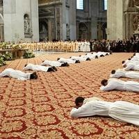 Kipróbált férfiak pappá szentelése – nincs teológiai akadály