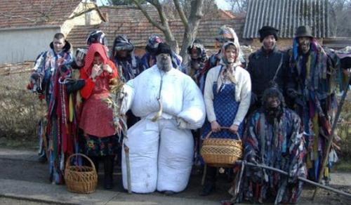 Télkergető tikverőzést rendeznek Mohán