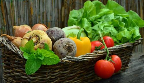 Kampány indul a zöldség-gyümölcs pazarlása ellen