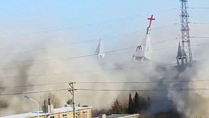 Létezik valódi templomrombolás is a világban