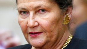 Elhunyt az Európai Parlament első női elnöke