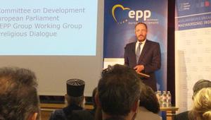 Félelem nélküli párbeszéd segítheti a migrációs krízis megoldását