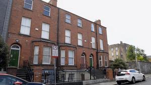 Három épületet ajándékozott a jezsuita rend hajléktalanoknak