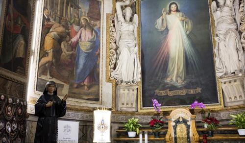Az emberek közötti közömbösség a járványnál is pusztítóbb Ferenc pápa szerint