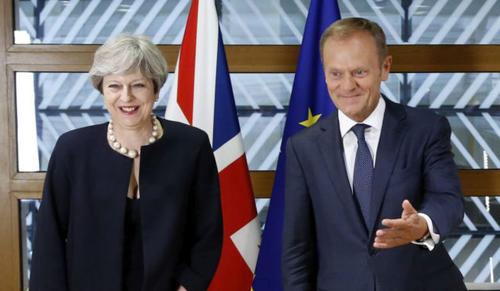 Megkezdődött az uniós vezetők rendkívüli találkozója Brüsszelben