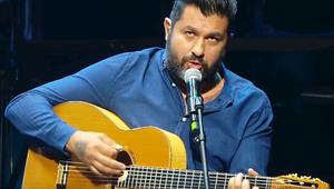 Így énekli egy sztárdalnok a legendás fohászt