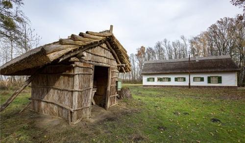 Megújult a Fekete István Emlékhely a Kis-Balatonnál