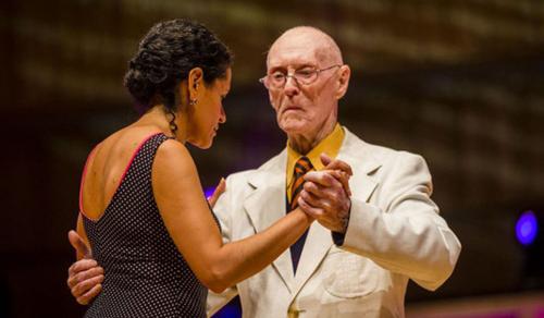 99 évesen indult a tangó világbajnokságon