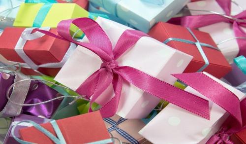 Árthat a túl sok ajándék a gyerekeknek?