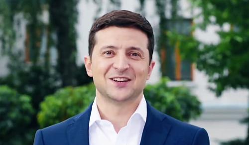 Máris belekezdett sajátos politikájába a humoristából lett ukrán elnök