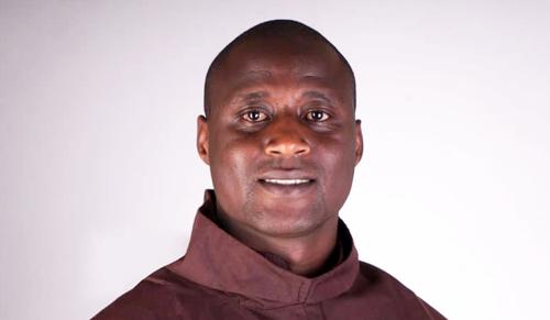 Megtalálták Csaba testvér afrikai hasonmását