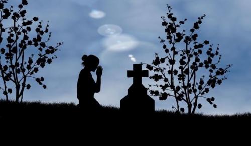 A halottak napja nem a reménytelen elmúlásra való emlékezés