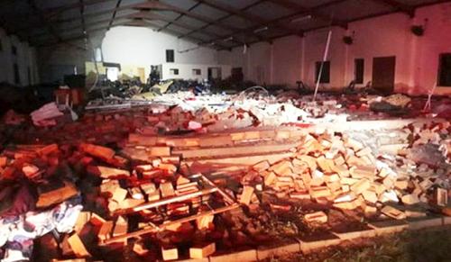 Összeomlott egy templom fala Dél-Afrikában