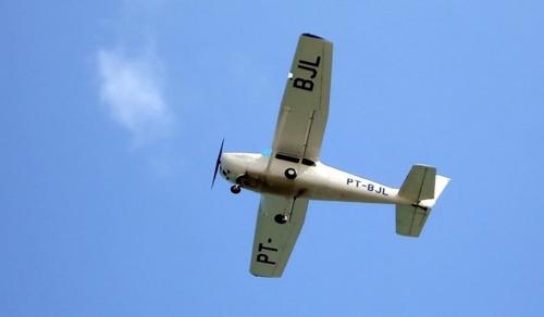 Lezuhant és kigyulladt egy kisrepülőgép Tótvázsonynál