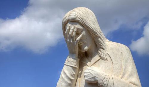 Vajon Isten felhúzza magát a bűnösök miatt?