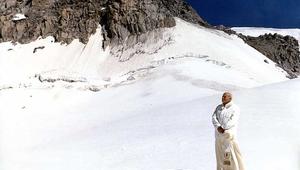 Ismered a hórajongó szent pápát?
