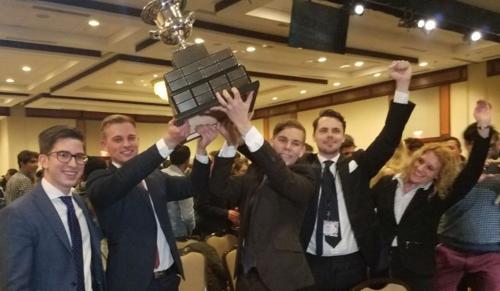 Köszöntötték a Jessup nemzetközi perbeszédverseny győztes csapatát