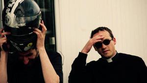 Papok benzingőzben