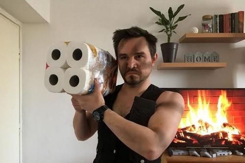 Pécsi fiatalok karanténba zárták a filmtörténelmet