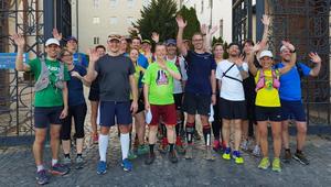 55 kilométert futottak a magyar bencések