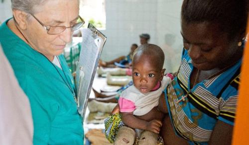A nővér, aki megtörte az afrikai